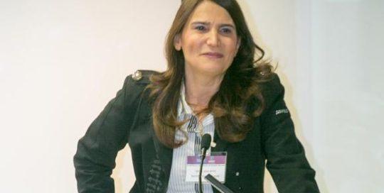 רוית מיתר בהרצאה