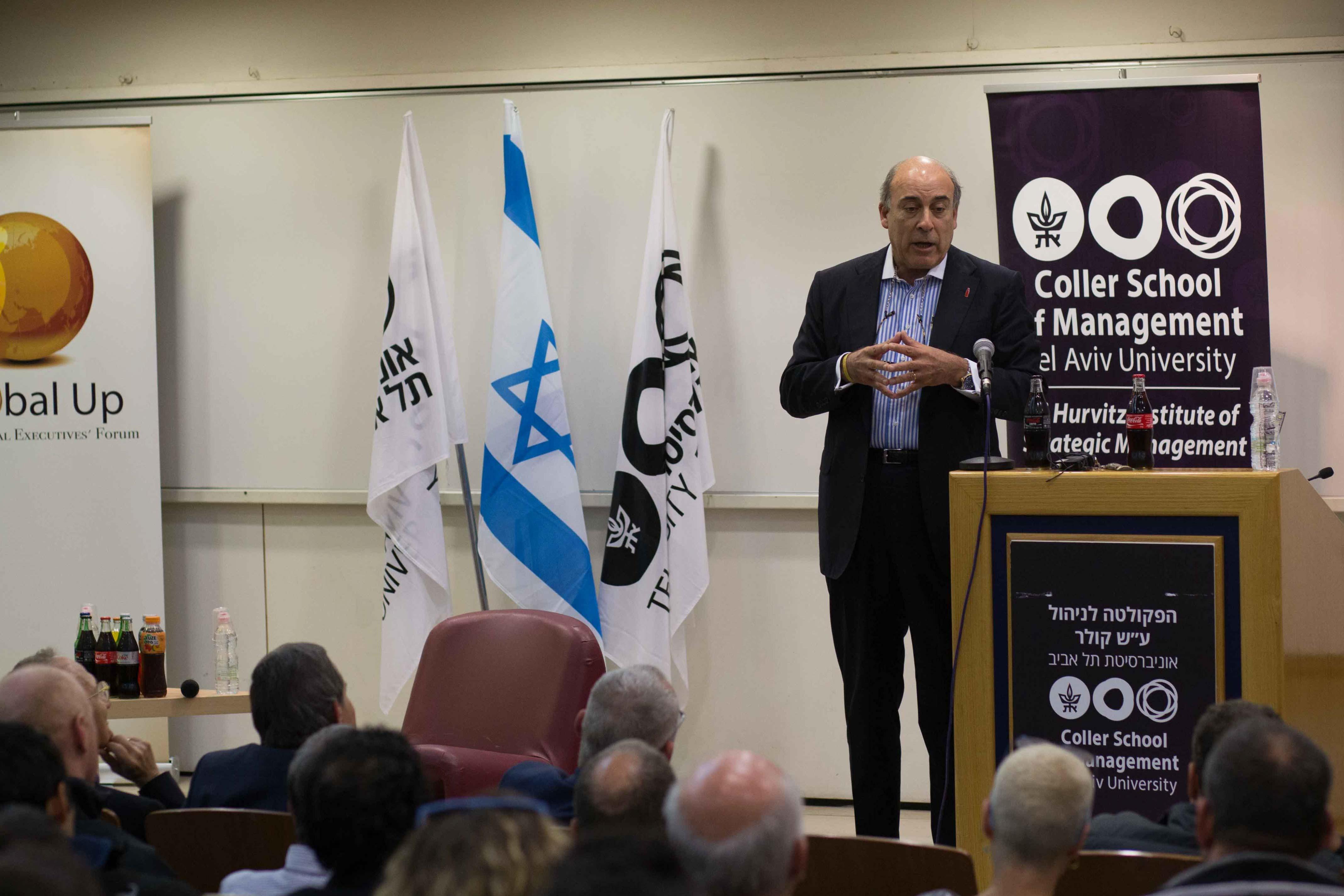 הרצאה בכנס קוקה קולה