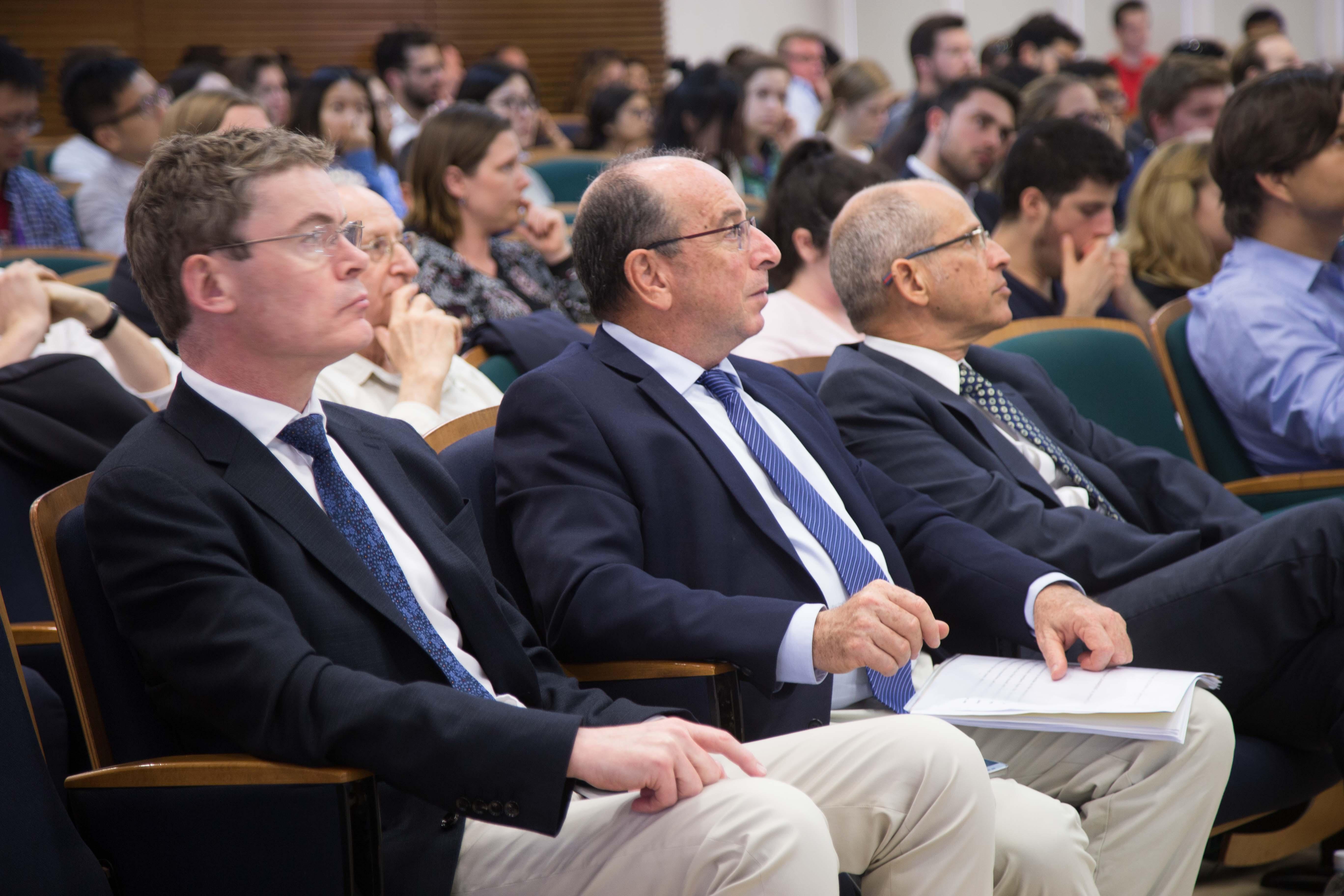 קהל המאזינים בהרצאה